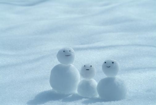 雪だるま「Tiny snowmen」:スマホ壁紙(6)