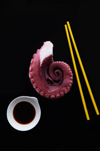 Soy Sauce「Octopus With Chopsticks and Soy Sauce」:スマホ壁紙(4)