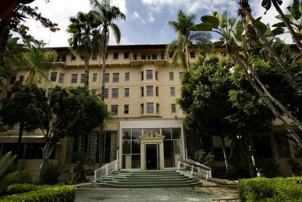 Hotel「Ambassador Hotel Slated To Be Demolished」:写真・画像(4)[壁紙.com]