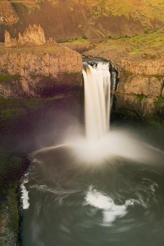 Basalt「Palouse Falls, Washington APRIL」:スマホ壁紙(17)