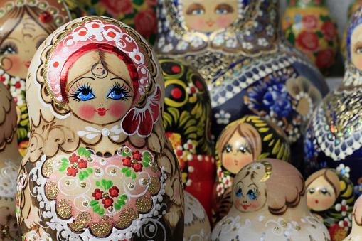 Doll「Matriochka dolls.」:スマホ壁紙(10)