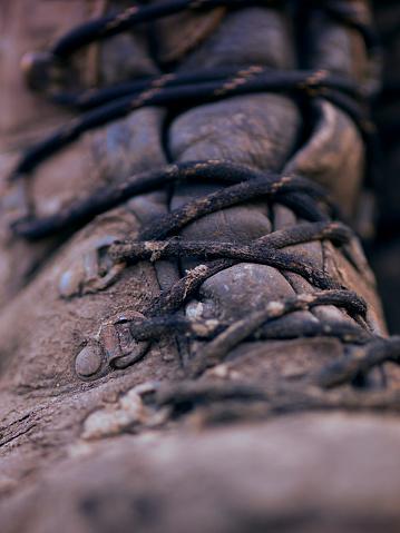 Lace - Fastener「muddy outdoor hiking boot」:スマホ壁紙(6)