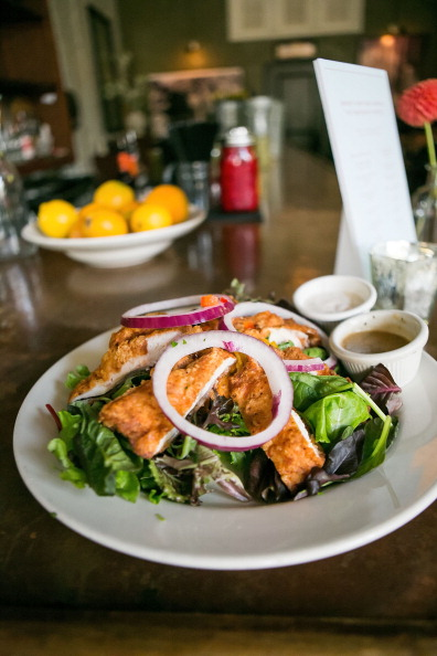 Chicken Salad「Barneys New York And The Parkinson's Project Host A Luncheon In Support Of The Parkinson's Project At The Kingfish Cafe」:写真・画像(10)[壁紙.com]