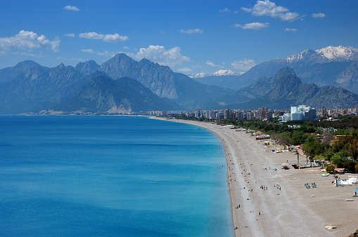 Antalya Province「Beautiful Konyaalti beach in Antalya, Turkey」:スマホ壁紙(12)