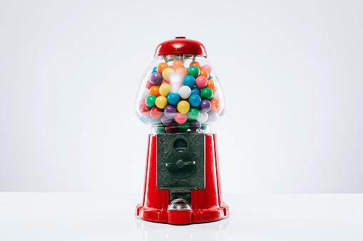 Sweet Food「Classic Gumball Machine」:スマホ壁紙(16)