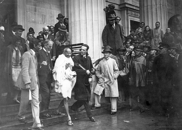 Douglas Miller「Gandhi In London」:写真・画像(8)[壁紙.com]