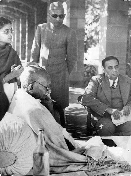 Keystone「Gandhi Fasting」:写真・画像(18)[壁紙.com]