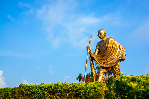 Focus On Background「Mahatma Gandhi Statue, Port Blair, Andaman Islands」:スマホ壁紙(12)