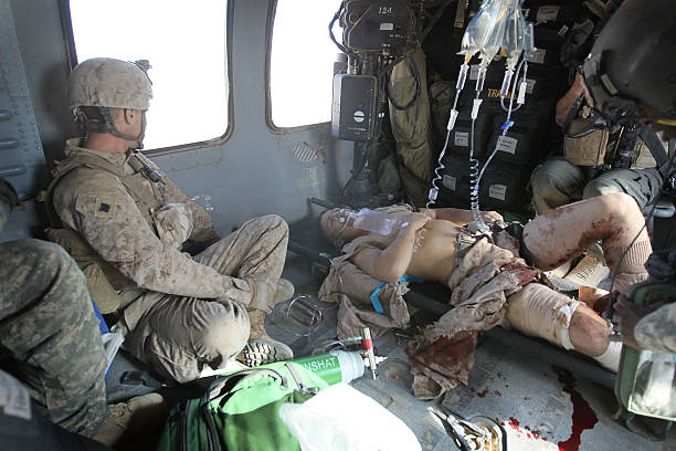Army Medevac Unit Tends To The War Wounded Near Marja, Afghanistan:ニュース(壁紙.com)