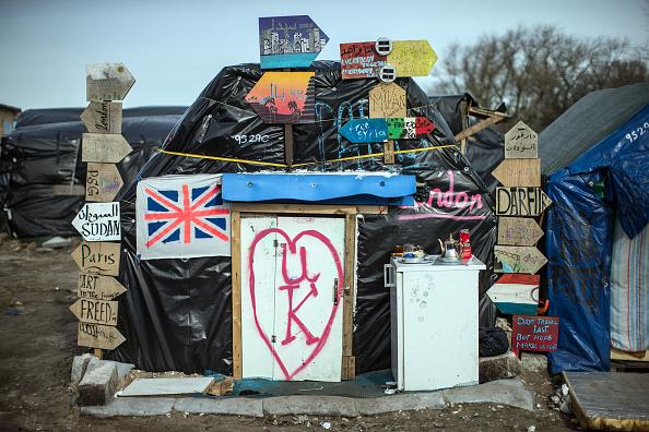 Calais「Destruction Of Calais Jungle Camp Begins」:写真・画像(17)[壁紙.com]