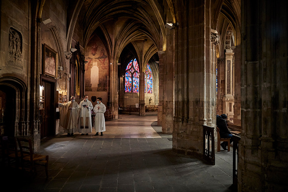 Kiran Ridley「Places Of Religious Worship Reopen As Covid-19 Lockdown Eased」:写真・画像(10)[壁紙.com]