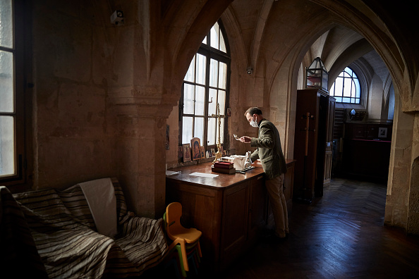 Kiran Ridley「Places Of Religious Worship Reopen As Covid-19 Lockdown Eased」:写真・画像(8)[壁紙.com]