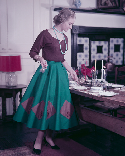 Stay-at-Home Mother「1950s Dinner Party」:写真・画像(7)[壁紙.com]