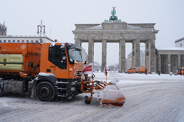 Snow Vehicle「Snow Storm Hits Central Germany」:写真・画像(19)[壁紙.com]