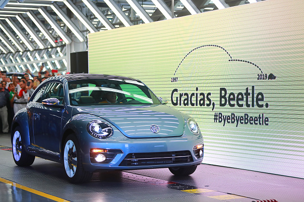 Industry「Volkswagen Ceases The Production of The Popular 'Beetle' After 21 Years」:写真・画像(18)[壁紙.com]