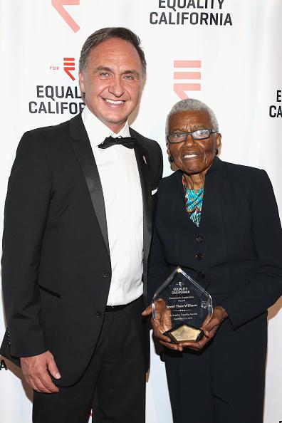 Executive Director「Equality California 2018 Los Angeles Equality Awards - Arrivals」:写真・画像(3)[壁紙.com]