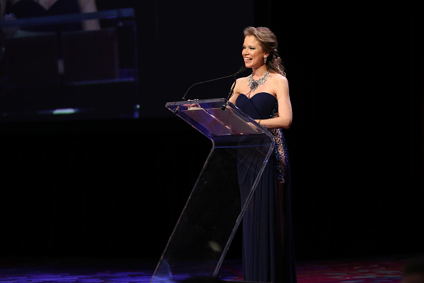 National Academy of Television Arts and Sciences「57th Annual New York Emmy Awards - Inside」:写真・画像(5)[壁紙.com]