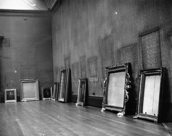 Art Museum「Empty Frames」:写真・画像(7)[壁紙.com]