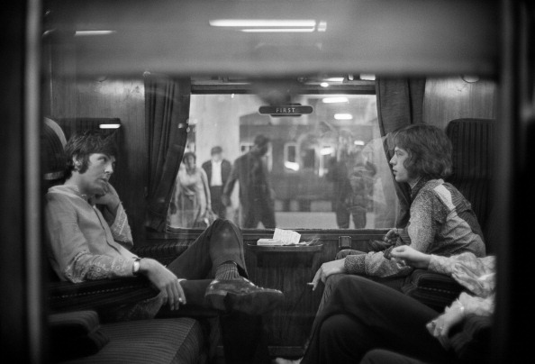 Black And White「First Class Travel」:写真・画像(2)[壁紙.com]
