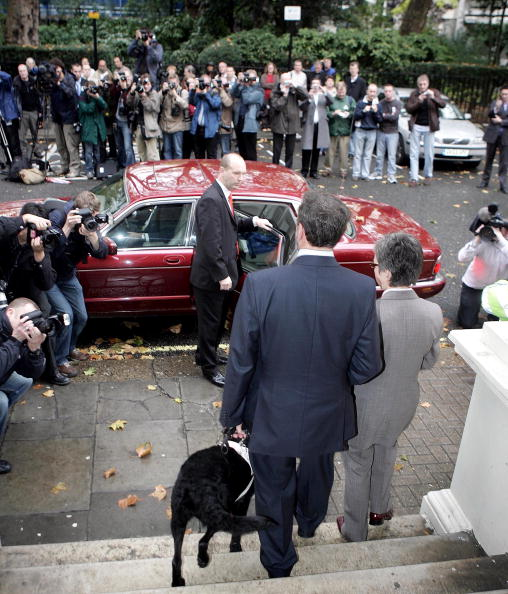 Particle「David Blunkett Resigns From Government」:写真・画像(7)[壁紙.com]