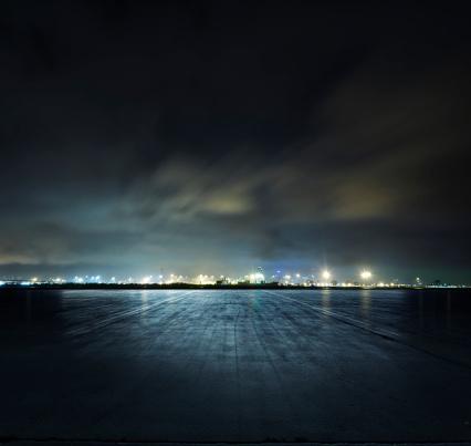 Parking Lot「Docks at night」:スマホ壁紙(7)