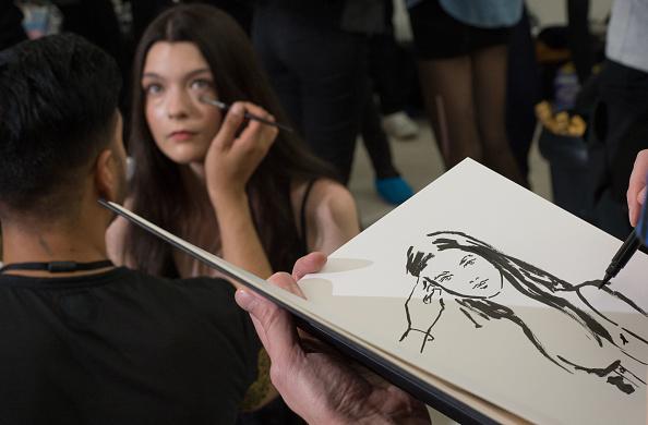 ロンドンファッションウィーク「Jasper Conran - Backstage: London Fashion Week SS14」:写真・画像(17)[壁紙.com]