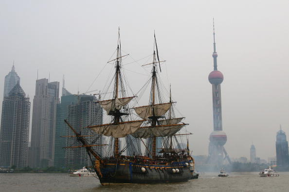 Swedish Culture「Swedish Ship Gotheborg Docks Shanghai」:写真・画像(1)[壁紙.com]