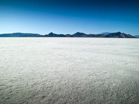 Bonneville Salt Flats「Morning on the flats in UT」:スマホ壁紙(3)
