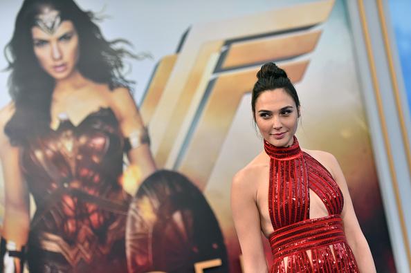"""Gal Gadot「Premiere Of Warner Bros. Pictures' """"Wonder Woman"""" - Arrivals」:写真・画像(6)[壁紙.com]"""