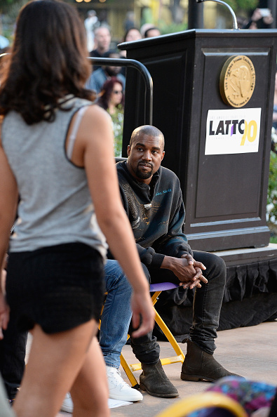 Kanye West - Musician「Gold Thimble Fashion Show At Los Angeles Trade-Technical College」:写真・画像(3)[壁紙.com]