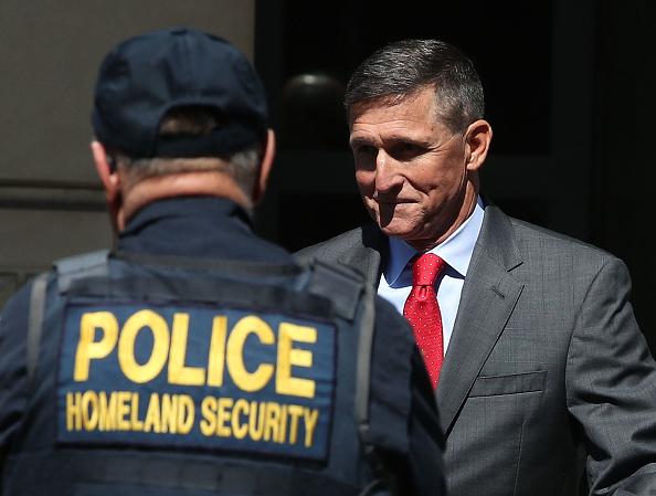 ヘッドショット「Michael Flynn Returns To Court For Pre-Sentencing Hearing」:写真・画像(4)[壁紙.com]