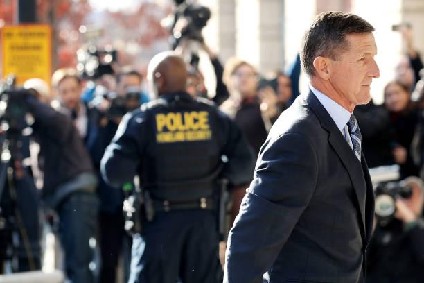 Security「Former Trump Adviser Michael Flynn Charged With Making False Statement To FBI」:写真・画像(6)[壁紙.com]
