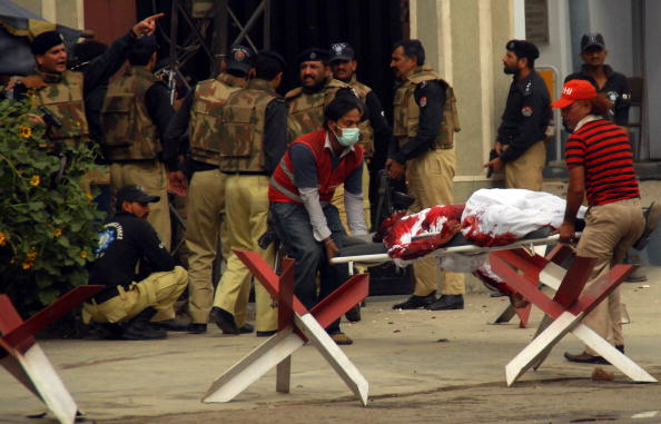 Pakistan「Taliban Terrorists Attack Mosques In Lahore」:写真・画像(17)[壁紙.com]