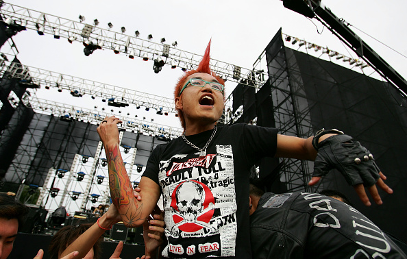 Teenager「People Celebrate National Day」:写真・画像(4)[壁紙.com]