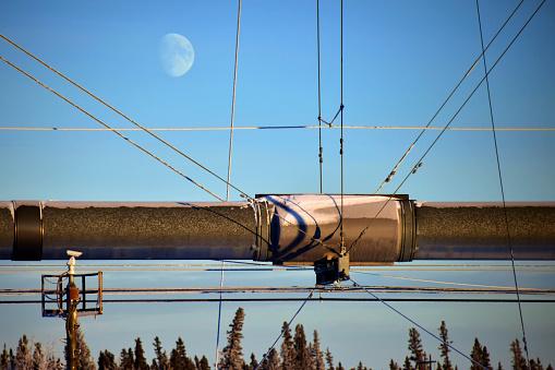 月「Trans-Alaska Pipeline Aerial Crossing」:スマホ壁紙(14)
