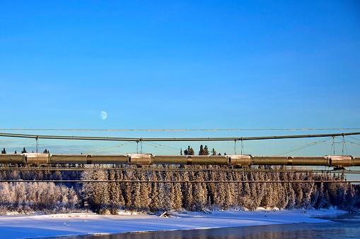 月「Trans-Alaska Pipeline Aerial Crossing」:スマホ壁紙(15)