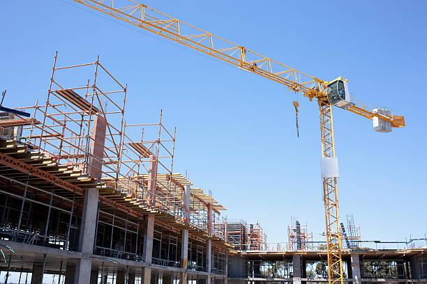 Crane on construction site:スマホ壁紙(壁紙.com)