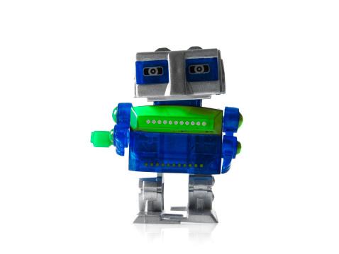 人の姿「Toy robot on white background」:スマホ壁紙(15)
