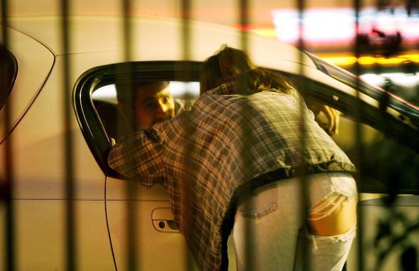 話す「Police Conduct Major Prostitution Sting」:写真・画像(9)[壁紙.com]