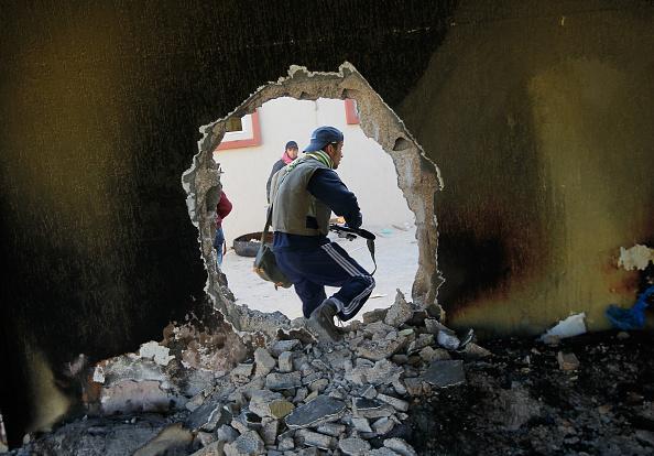 Chris Hondros「Besieged Libyan Cities Cope With War」:写真・画像(18)[壁紙.com]