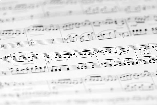 Music Sheet with Soft Focus, Black and White Image:スマホ壁紙(壁紙.com)