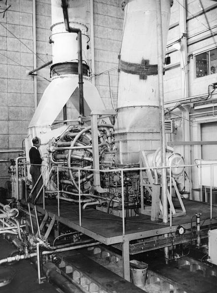 Douglas Miller「Giant Turbine」:写真・画像(3)[壁紙.com]