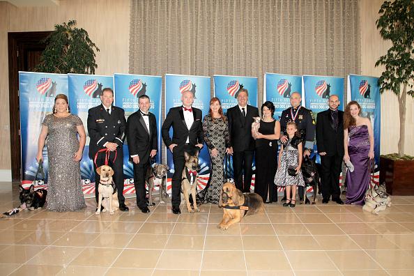 Jason Phillips「American Humane Association's 5th Annual Hero Dog Awards 2015 - Arrivals」:写真・画像(1)[壁紙.com]