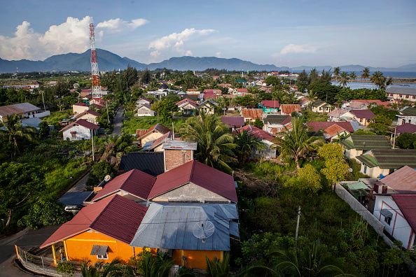 Indian Subcontinent Ethnicity「Banda-Aceh Prepares For 10th Anniversary Of Devastating Indian Ocean Tsunami」:写真・画像(1)[壁紙.com]