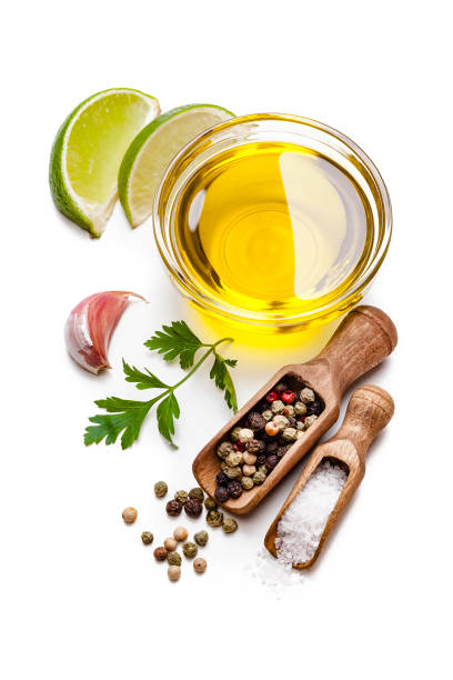 Cooking and seasoning ingredients: olive oil, salt, pepper, garlic, lime and parsley isolated on white background.:スマホ壁紙(壁紙.com)