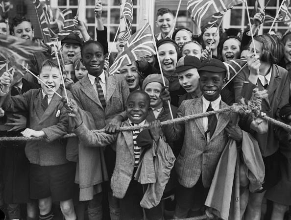 Black History in the UK「Cheering Queen Mary In Brixton」:写真・画像(0)[壁紙.com]