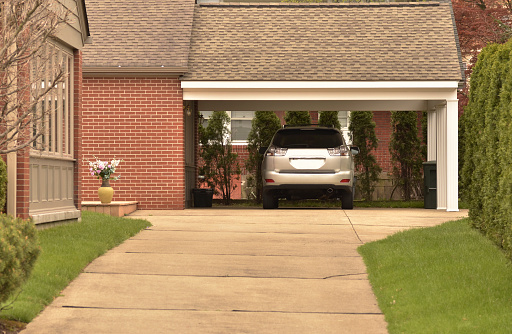 Garage「Carport with parked car and Nicely Maintained Grounds」:スマホ壁紙(7)