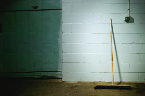 Cinder Block「The basement wall」:スマホ壁紙(17)