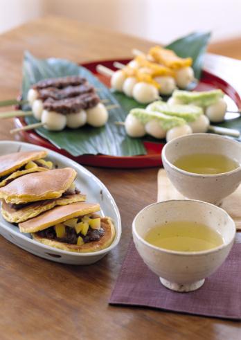 Wagashi「Japanese Sweet and Green Tea」:スマホ壁紙(14)
