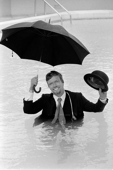 Umbrella「Richard Branson」:写真・画像(0)[壁紙.com]